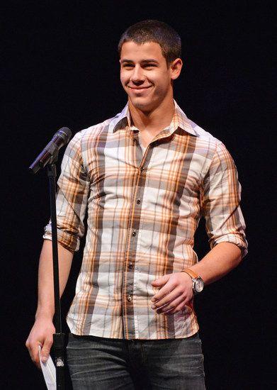 Nick Jonas buzzed his hair, I get the vapors.