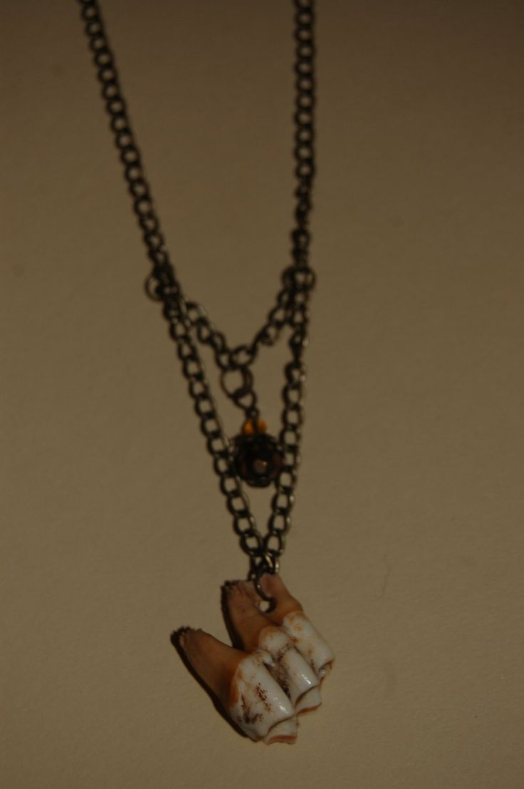halloween tooth necklace