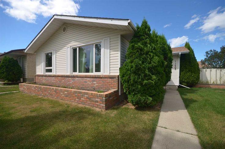 11608 139 Avenue, Edmonton: MLS® # E4074835: Carlisle Real Estate: RE/MAX Real Estate