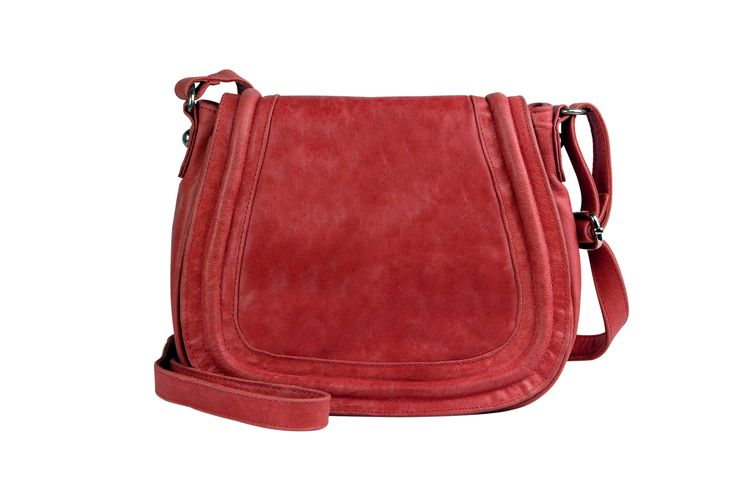 Brooklyn shoulder bag in cherry | hardtofind.