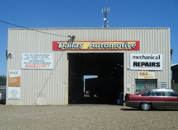 Dallas Automotive provides a wide range of services, Our car service Shepparton includes greasing, oil changing, safety inspection, etc. to ensure the job is done right and the vehicle is ready to use.