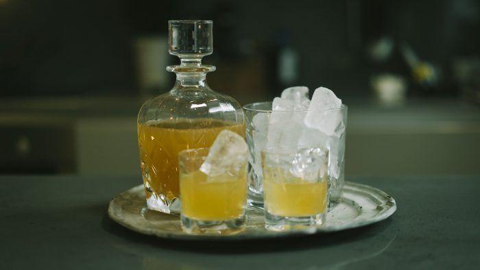 Fredagsdrinken – Så gör du en Whiskey Sour