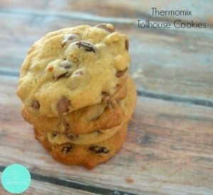 For something a bit different which is how I discovered these delicious Thermomix Chocolate Chip and Raisin Cookies!
