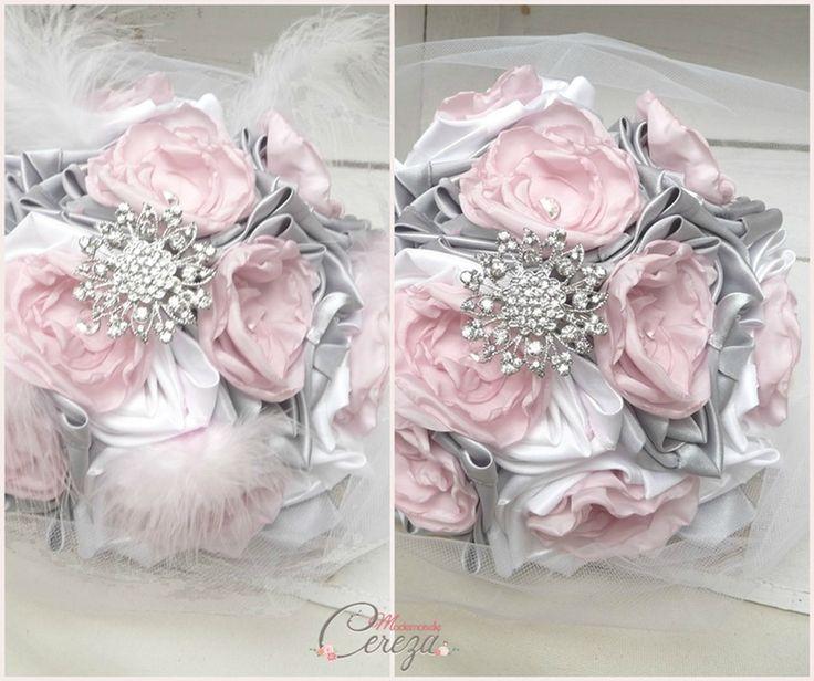 Bouquet de mari e bijou rose poudr gris blanc avec broche cristal et strass ccristal swarovski - Strass pour bouquet de mariee ...