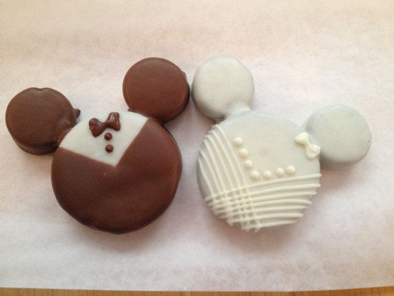 Mickey Mouse and Minnie Mouse Bride and groom oreo, wedding favors chocolate dipped oreo
