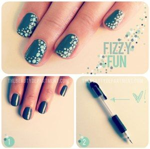 The Mechanical Pencil Manicure : Lucky Magazine