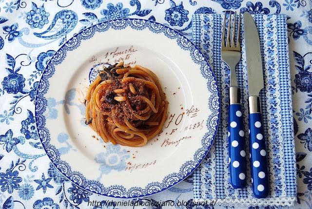 http://danieladiocleziano.blogspot.it/2012/06/spaghetti-con-le-sarde-mare.html