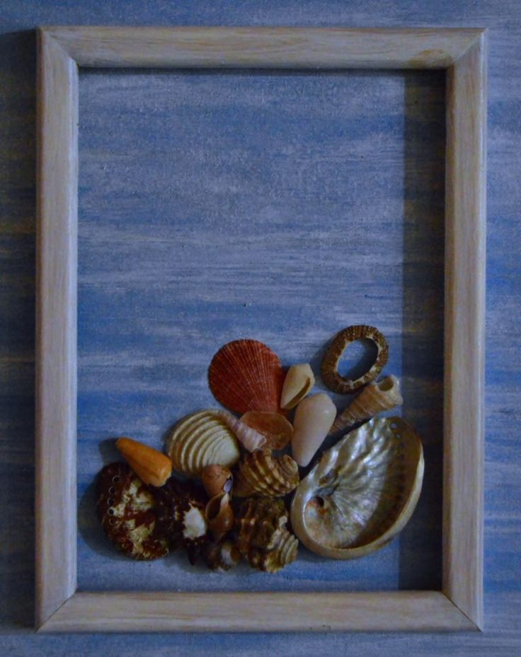 Recycled Crafts: Blue Ocean Canvas Wall Art - Cheap Eats and Thrifty Crafts