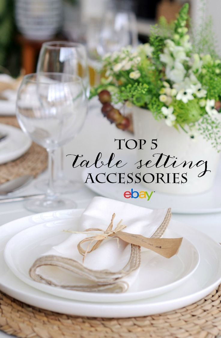 10 gorgeous christmas table decorating ideas 187 photo 2 - Setting The Table Top 5 Accessories