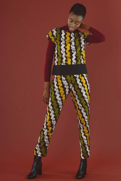 Contemporary fashion elegant cigarette pants for ladies who love fairtrade fashion. Exclusive prints. Coordinate top available