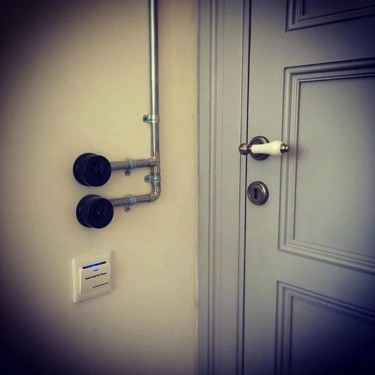 Sergüzeşt'ten detaylar // Details from Serguzest #serguzestotel #serguzest #sermest #designhotels #butikotel #boutiquehotel #adakafasi #hotel #istanbul #buyukada #prinkipo #travel #traveling #travelgram #cokgezenlerkulubu #kucukotellerkitabi