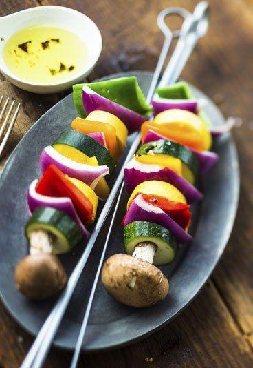Receta: Brochetas de verduras - 10 recetas vegetarianas rápidas y sencillas - enfemenino