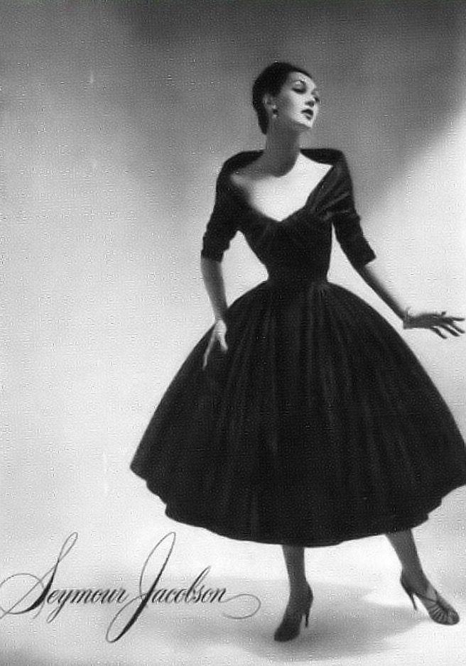 Dovima, Vogue February 1956   flickr skorver1
