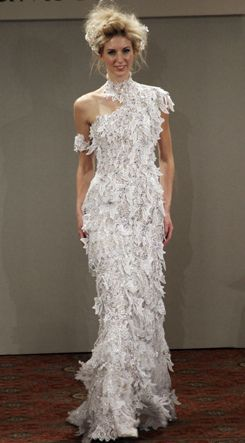 the second most expensive wedding dress was created by famous japanese designer yumi katsura the