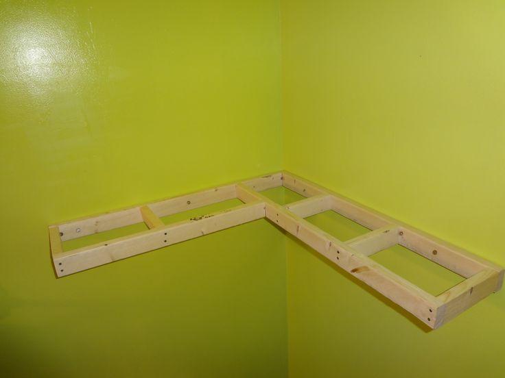 Floating Corner Shelf Plans Highland Woodworking Show | Get Free .