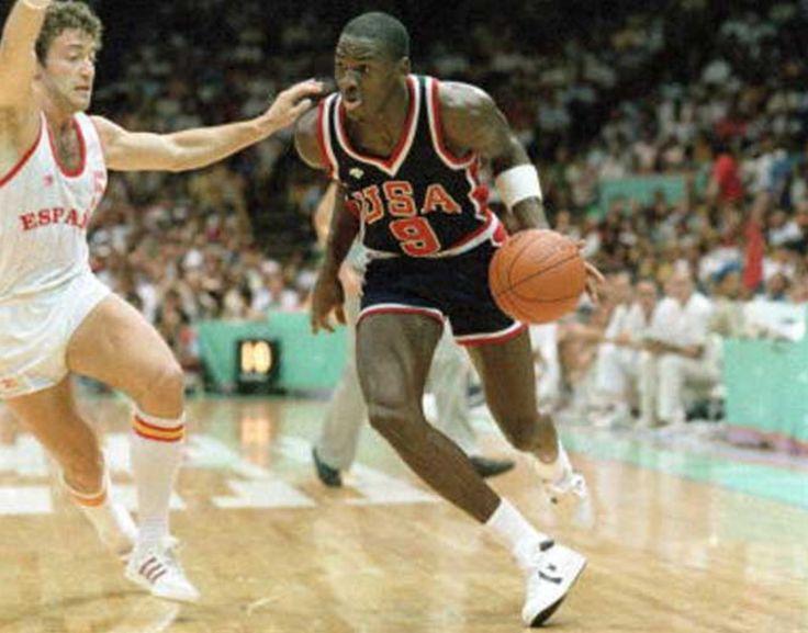 Las Converse Que Utilizo Jordan En LA 84 A Subasta NBA TSEBA