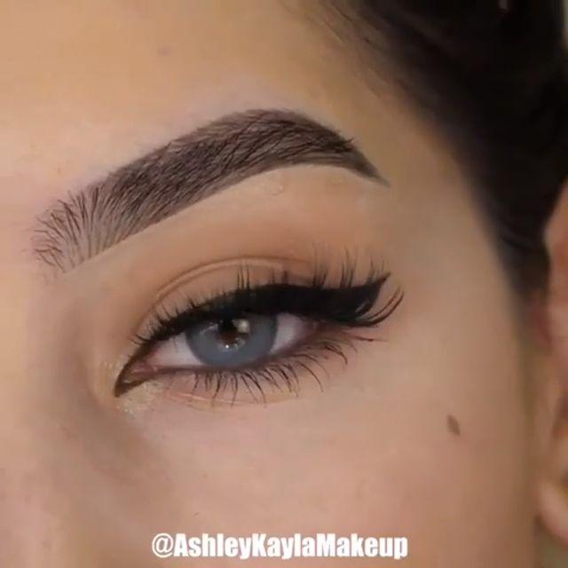 Perfeziona la forma del tuo eyeliner in una alata con questo utile tutorial! 😍😍