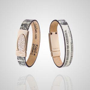Gold Strass è una Limited Edition che unisce l'eleganza del modello Gold alla raffinatezza del modello Strass. Fatti notare grazie a questo ...