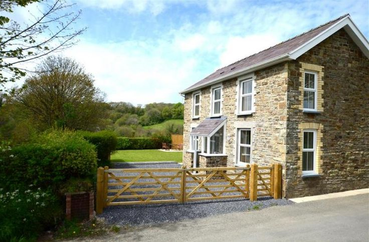 Gwynnant House, Llangrannog - Wales