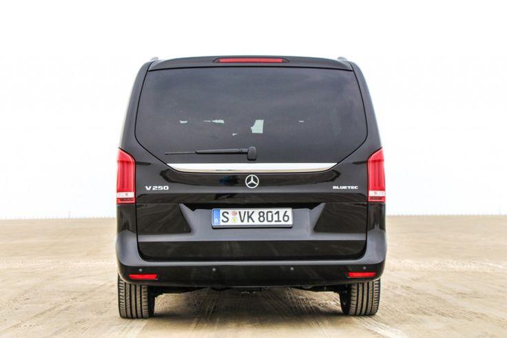V-Class 2014 - Edition 1 - Photo by Jens Stratmann - Die neue Mercedes-Benz V-Klasse! Kraftstoffverbrauch kombiniert: 6,1-5,7 l/100 km, CO2-Emissionen kombiniert: 159-149 (g/km). / New Mercedes-Benz V-Class Fuel consumption combined: 6,1-5,7 l/100km, CO2 emissions combined: 159-149 g/km.