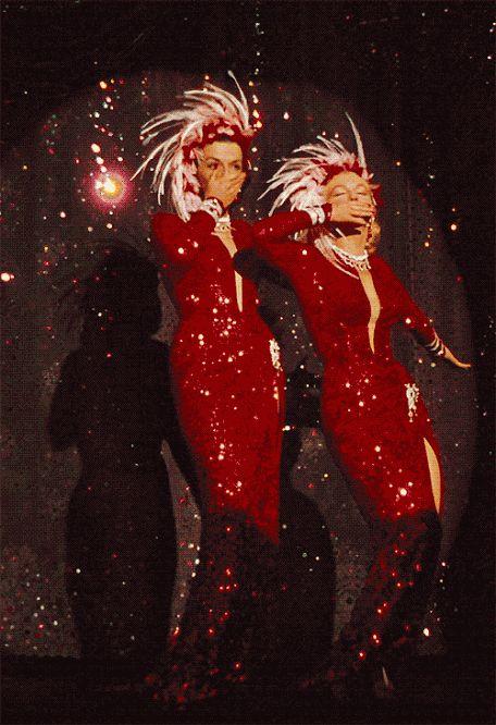 """Джейн Рассел и Мэрилин Монро в музыкальной кинокомедии """"Джентльмены предпочитают блондинок"""", 1953 г. (США)"""