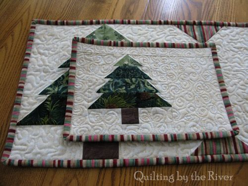 Freemotion by the River: Christmas Tree Mug Rug Tutorial