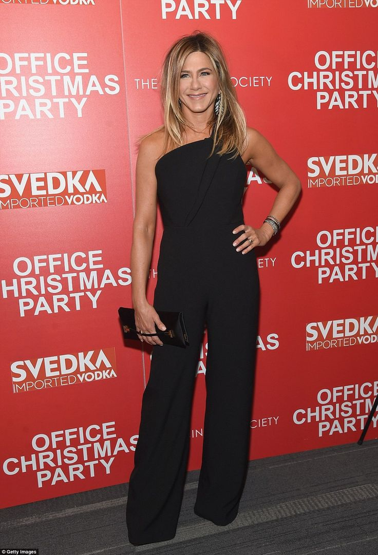 Jennifer Aniston looks gorgeous in off-the-shoulder black jumpsuit at New York screening of Office Christmas Party | Daily Mail Online