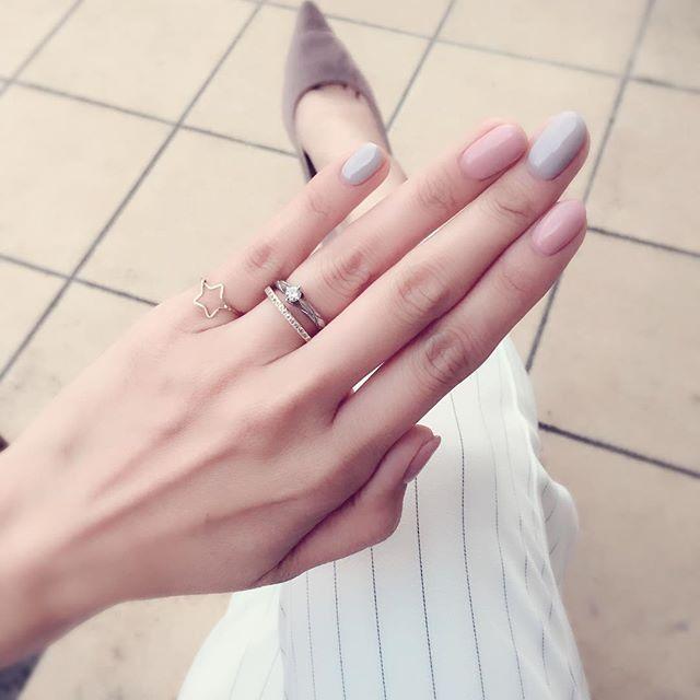 小物で魅せる♡シンプル服を格上げするために必要な3つのこと - Locari(ロカリ)