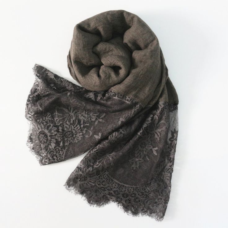 Gray elegant Edge-Lace Hijab