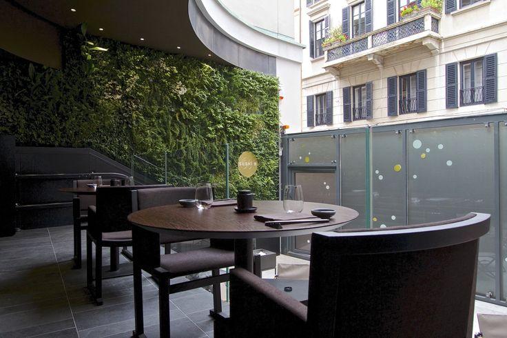 Sushi B - Italy - #verticalgarden www.sundaritalia.com