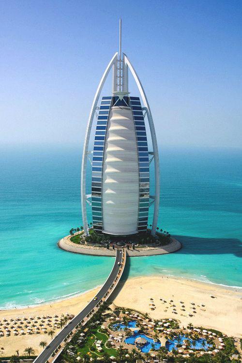 249 mejores im genes sobre dubai en pinterest hotel for Hotel con piso de vidrio sobre el mar
