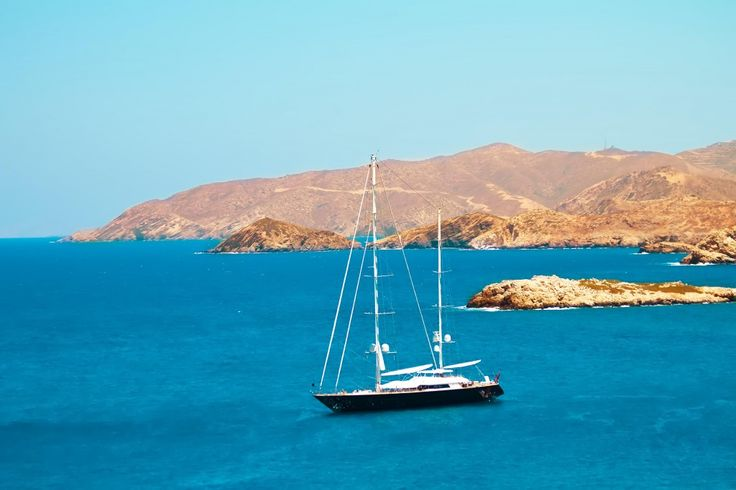 Learn about a few good ways to make money while sailing. In depth and informative information on ways to make money.