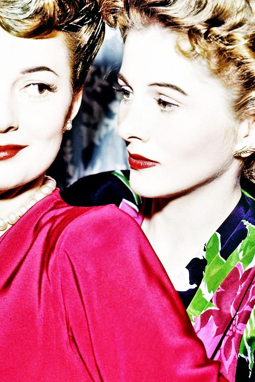 Olivia De Havilland And Joan Fontaine I Married First
