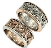 Резные широкие обручальные кольца из комбинированного золота на заказ с объемным природным узором