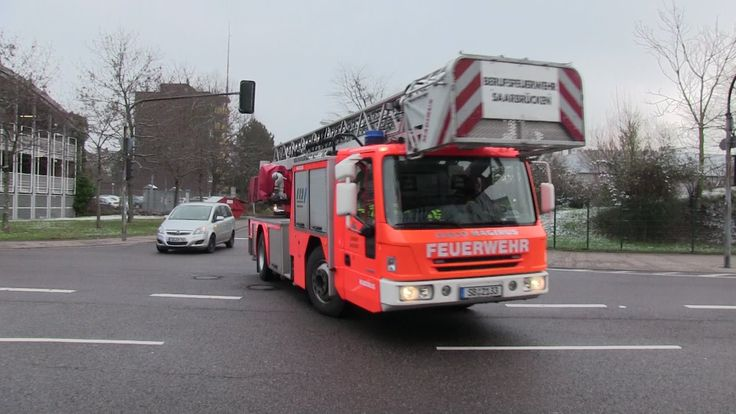 "Einsatzfahrten #Feuerwehr und Rettungsdienst #Saarbruecken  #Saarland #Feuerwehr und Rettungsdienst #Saarbruecken auf einsatzfahrten mit dem DLK und zwei RTW-s.  Duitse Brandweer met spoed.  Pompiers Allemagne en urgence.  Here you can see the German fire department of the city #Saarbruecken seen responding code 3 with the laddertruck and two ambulances to different calls.  #Saarbruecken, #Saarland, #Germany  Hit the  ""LIKE""  button http://saar.city/?p=24294"