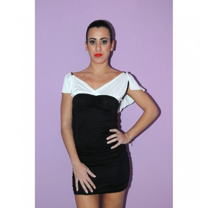 7694c9476086 Μαύρο-λευκό μίνι φόρεμα με ιδιαίτερη πλάτη http   pgfashion.gr