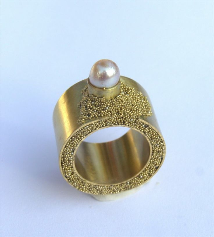 Alina Carp, modern ring, gold and pearl ring, art jewelry, contemporary jewelry