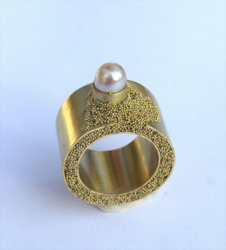 Alina Carp, - gold and pearl ring