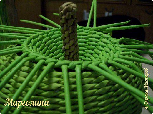 Мастер-класс Поделка изделие Плетение Как я плету крышечку для шкатулки Яблоко Небольшой МК Бумага Бумага газетная Трубочки бумажные фото 14