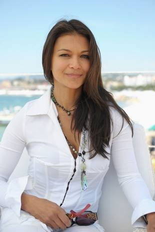Nia Peeples is simply gorgeous
