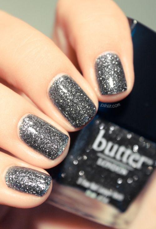 sparkly sparkle: Silver Glitter Nails, Nails Art, London Nails, Butter London, Nailpolish, Nails Polish, Butterlondon, Sparkly Nails, New Years