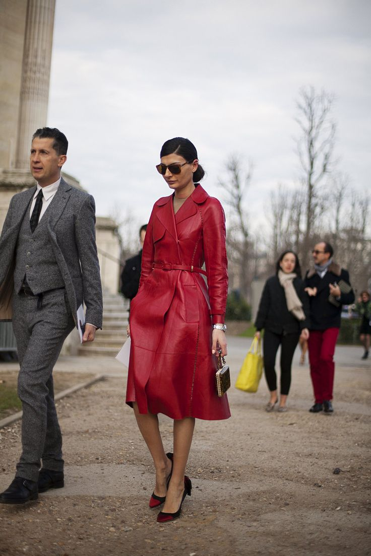 Fotos de street style en Paris Fashion Week: Giovanna Battaglia