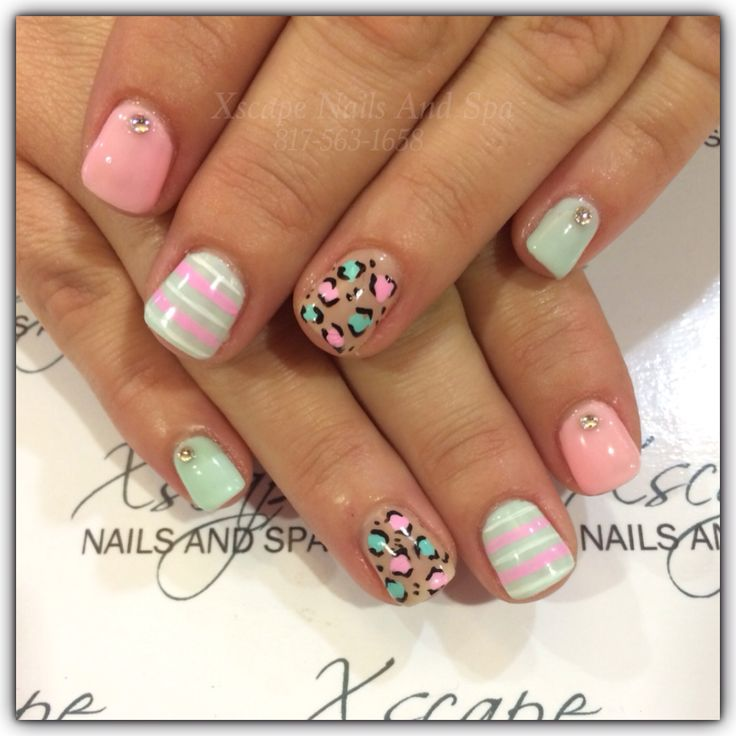 Gel nails Nail art design