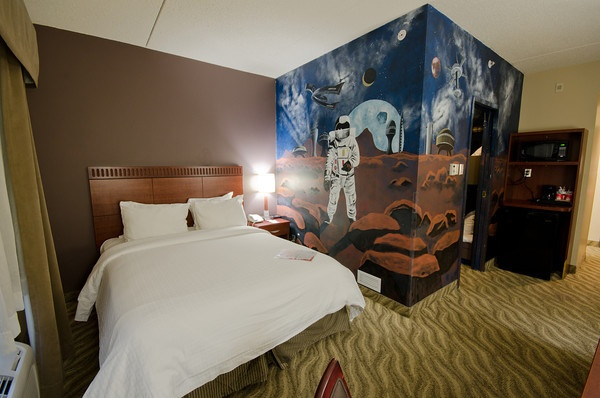 Children Theme Rooms at Canad Inns Garden City http://www.canadinns.com/stay/stay-main.php?entry_id=8567