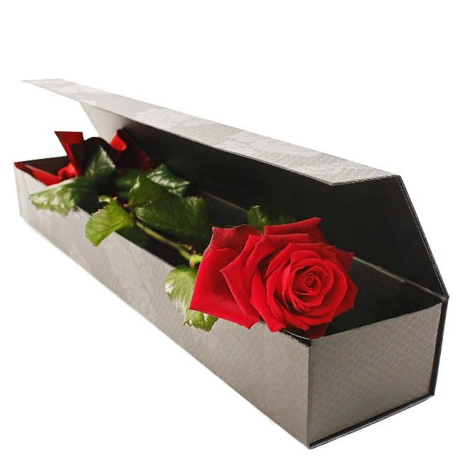 A beautiful Single Red Rose, for someone special this Valentine's Day www.eden4flowers.co.uk