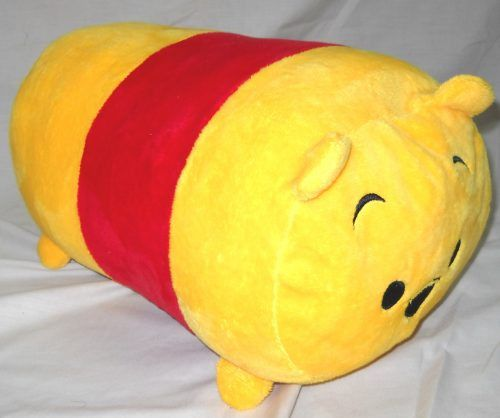 Guling Tsumtsum Karakter Winnie The Pooh (530058W) Guling...  Guling Tsumtsum Karakter Winnie The Pooh (530058W)  Guling Tsumtsum Karakter Winnie The Pooh (530058W)  Guling Tsumtsum karakter Winnie the Pooh yang cute imut lucu ini terbuat dari bahan yang halus dan lembut.  Cocok digunakan sebagai kado ulang tahun hadiah buat anak keponakan sepupu pasangan kekasih pacar sahabat teman ataupun bingkisan pada momen istimewa seperti ulang tahun pernikahan valentine kenaikan kelas kelulusan hari…