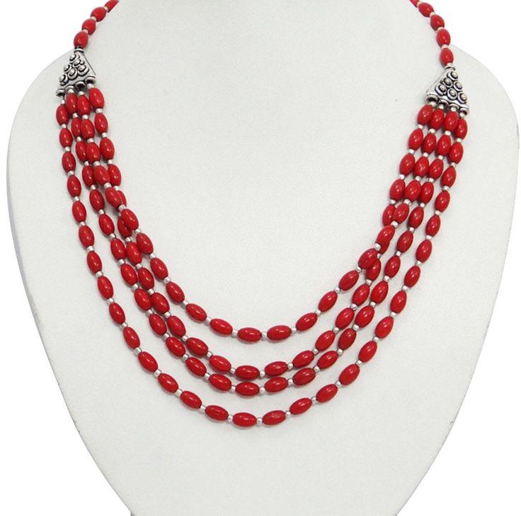 beautiful Jadau Jewellery, Indian Jewellery, Royal Jewellery, Gold Jewellery, Kundan jewellery, , traditional Indian Bridal Jewellery on http://Gemnjewelery.com