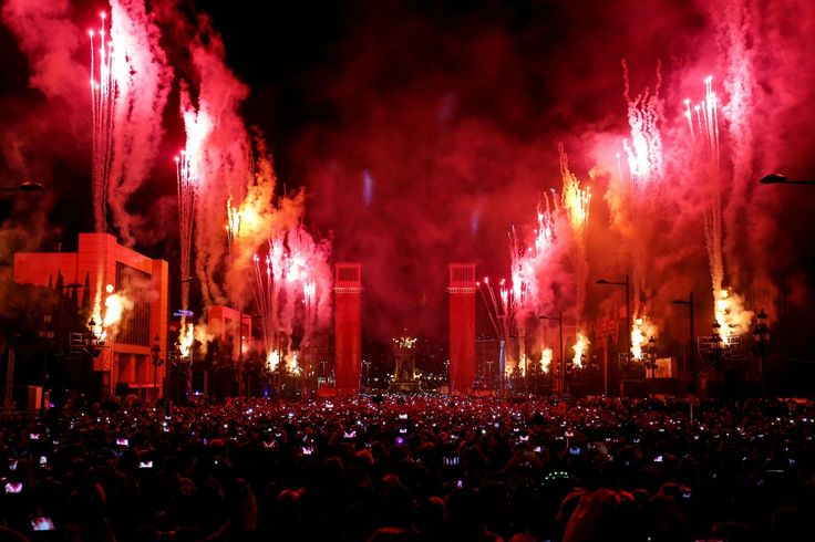 Fireworks explode during a New Year's Eve performance in Barcelona, Spain, on December 31, 2016