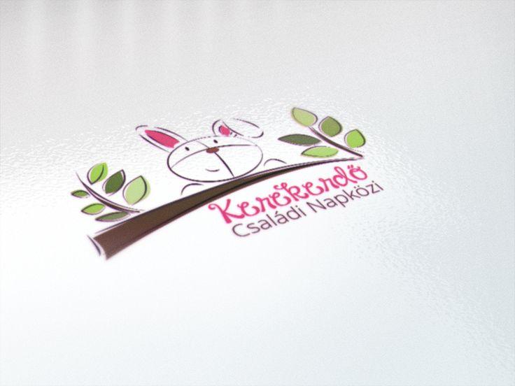 Családi napközi logó  - Te is elkészítheted a www.designakademia.hu tanfolyamain.