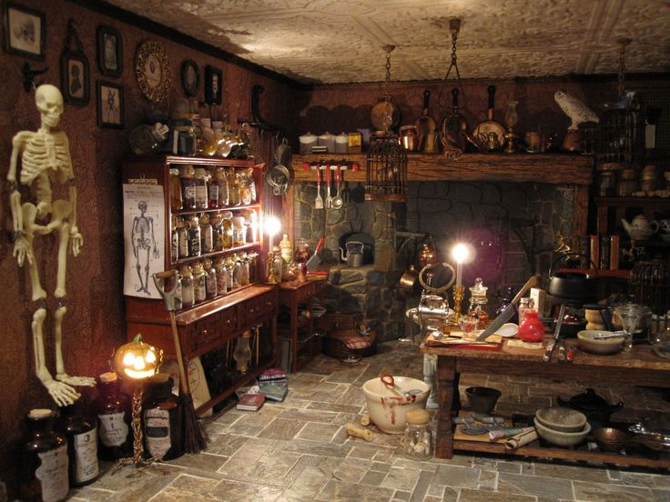 25 best images about halloween dollhouses on pinterest for Haunted bathroom ideas